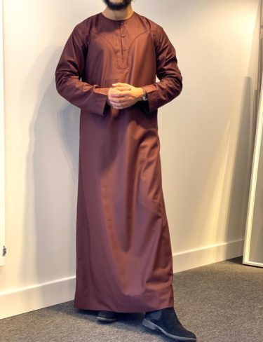 Burgundy Omani Thobe With Buttons On The Front